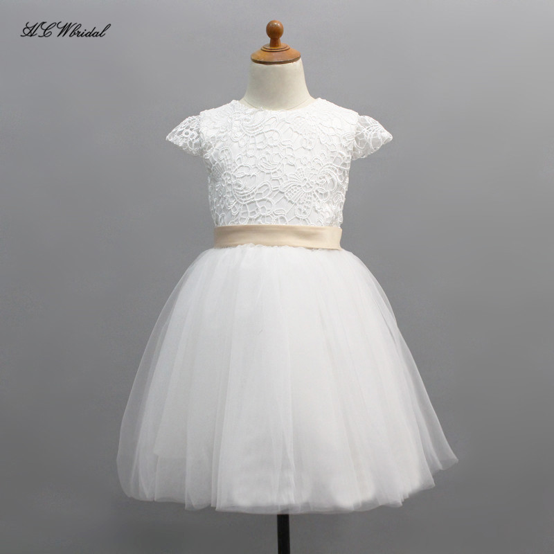 Cute Short Ball Gown   Flower     Girl     Dress   Lace Tulle Puffy Short Sleeves Tea Length Cheap White First Commuion Gown Fast Shipping