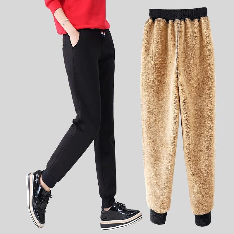 Hasil gambar untuk Celana Panjang bahan wol atau beludru