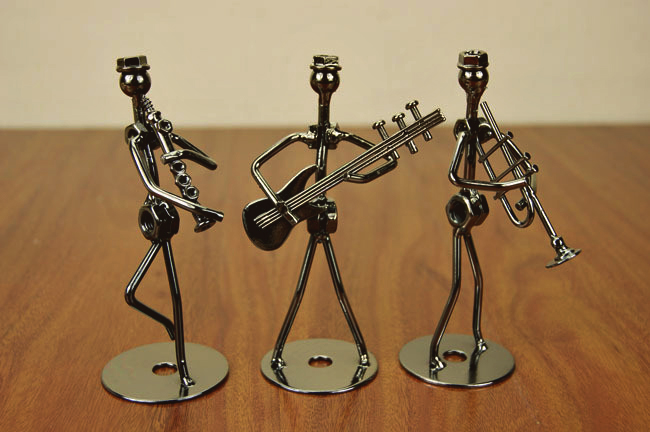 Hand made Wire boy band Craft 8 style Iron boy Band player Desktop Display quality art work Home Decoration kids toy Xmas gift