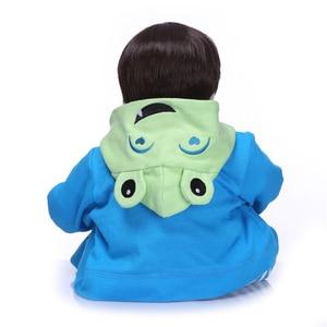 Image 3 - NPK 19Handmade Silikon vinyl entzückende Lebensechte kleinkind Baby Bonecas boy kid bebe puppe reborn menina de silikon