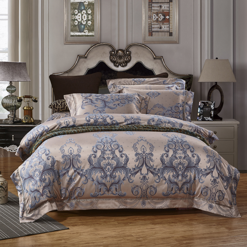 Luxury Satin Jacquard Bedclothes queen king size bedding set 4pcs Silk cotton palace royal Boho Bed set  duvet cover fitsheet