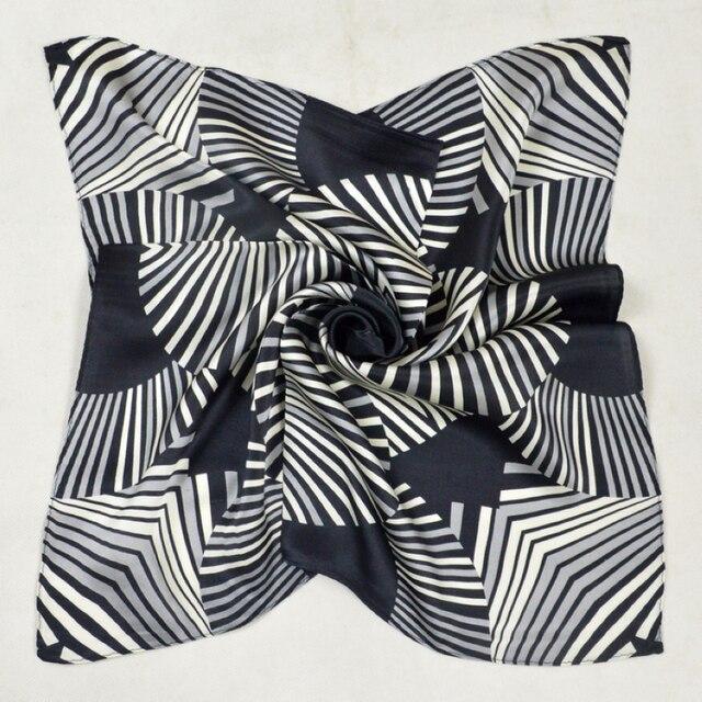 2017 Motif Géométrique 100% Soie Petit Foulard Carré Imprimé Nouveau Style  Hommes Foulards En Soie f937e42aafd