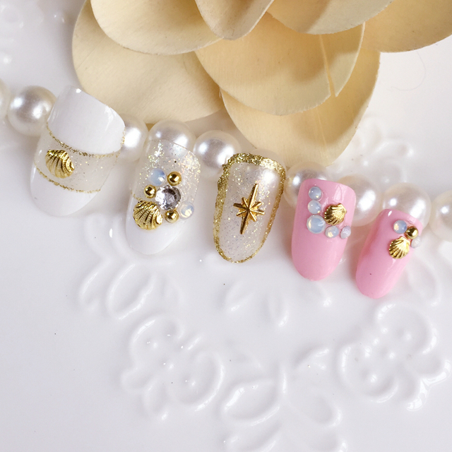 Rosa azul marino estilo redondo color puro falso uñas con brillo de ...