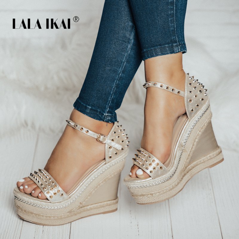 LALA IKAI Buckle Open Toe Wedge Sandals High-heeled Shoes Woven Platform Rivet Sandals Fashion Summer Shoes Women 014C1332 -4 vtota new summer sandals women shoes woman platform wedge sweet flowers buckle open toe sandals floral high heeled shoes q75