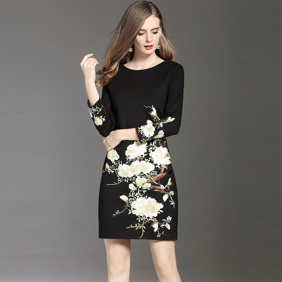 Plus Size Embroidery Floral Women Mini Dress 2017 Autumn Winter Brief Elegant O Neck Full Sleeves