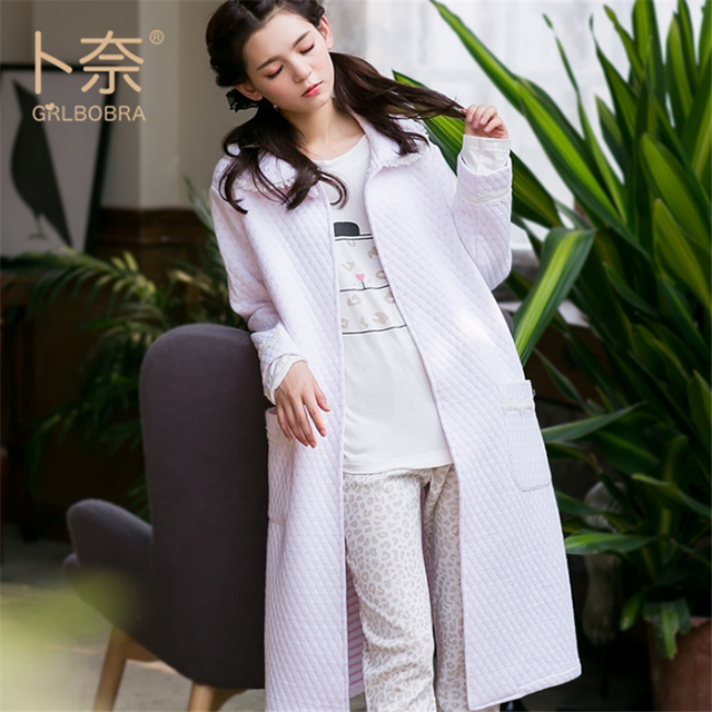 6784f40609 GRLBOBRA 2016 New Winter Cotton Long Sleeved Robes Women Siamese Simple  Lace Warm Home Wear Ladies Sweet Bathrobe S0020-in Robes from Women s  Clothing ...