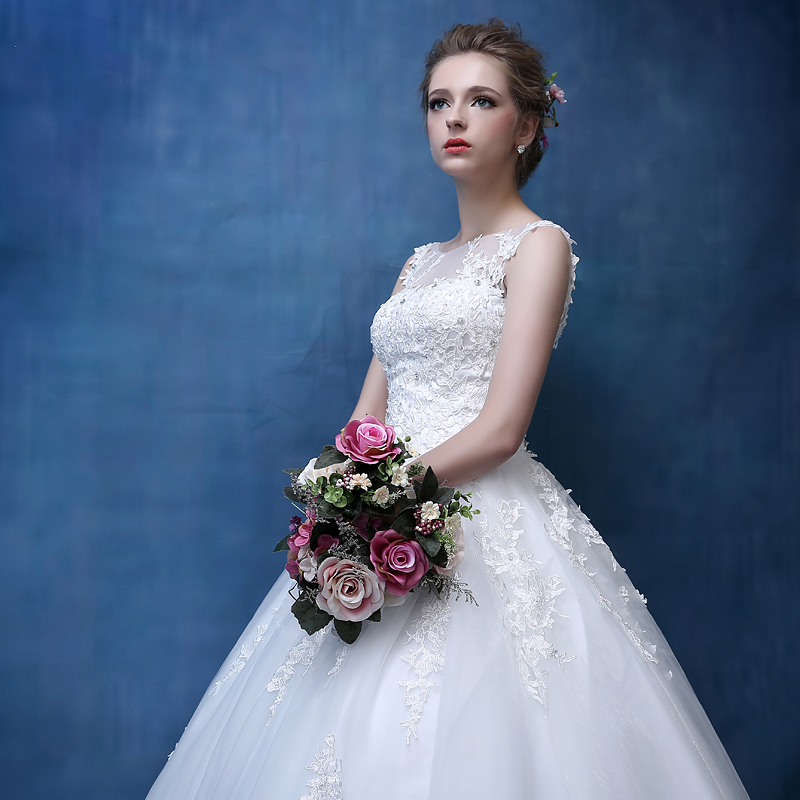A Line Lace Appliques Lace Wedding Dresses 2018 Plus Size bridal ...