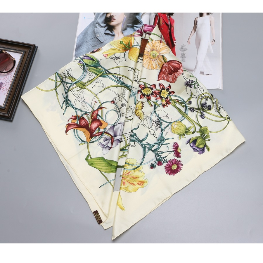 "Image 3 - 35"" X 35"" Floral Prints 100% Twill Silk Scarf Women's Fabulous Large Square Silk Shawl Foulard Head Scarves-in Women's Scarves from Apparel Accessories"