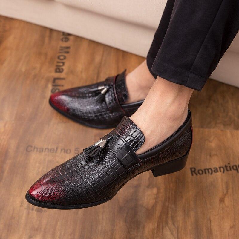 on Taille Cuir 47 rouge Homme rouge Mocassins automne Noir Mâle 38 Printemps Nouveau Hommes Mariage Slip Grande Chaussures De Noir En D'affaires Véritable 6FyqS4w