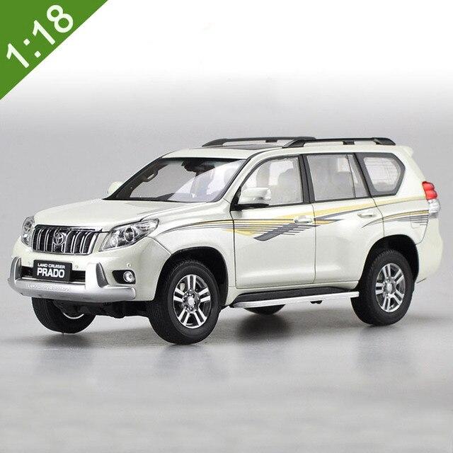 948cb2649b4b Новый 1/18 Toyota Land Cruiser Prado литья под давлением внедорожник Модель  автомобиля игрушки для