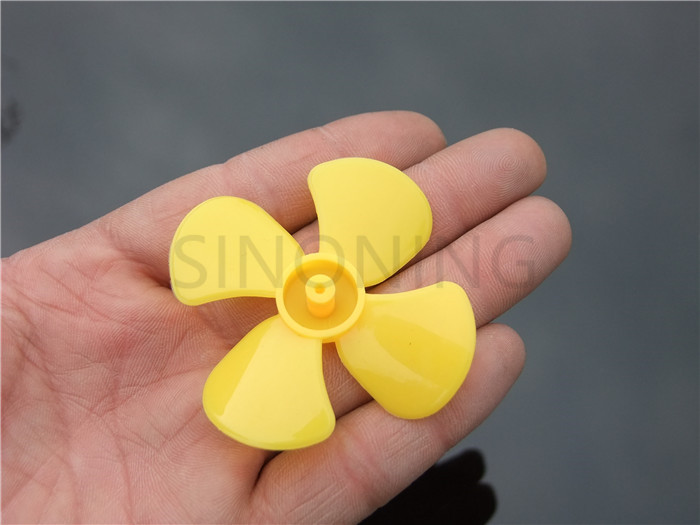 10pcs 60mm diameter four-leaf propeller model paddle DIY fit 2MM shaft Yellow 10pcs diameter 57 60mm 2mm hole 4 blade propeller plastic blades toy accessories diy model accessories technology model parts