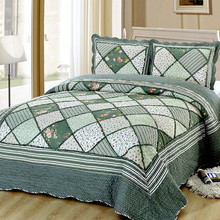 Warm Comfortable Thick Bedspreads On The Bed 220 * 240cm Satin Linen Plaid Duvet Cover King Size Flowers