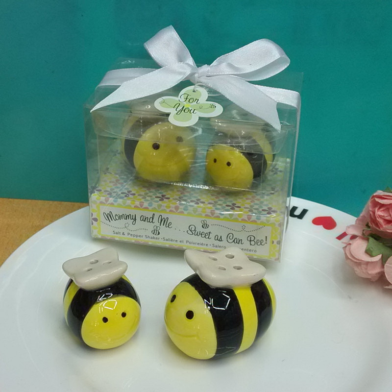 (DHL,UPS,Fedex)FREE SHIPPING+50sets/Lot+Baby Shower FavorsMommy & Me...Sweet as Can Bee Ceramic Honeybee Salt & Pepper Shakers