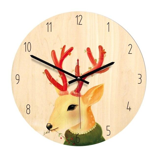Gambar Jam dinding dari Kayu Kado Ulang tahun