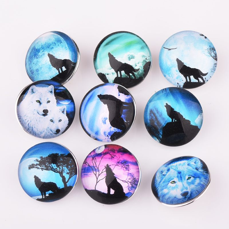 In Super Deal Sale 18mm Snaps Button Charm 10pcs/lot Arctic Wolf Glass Snaps Button Fit Macrame Bracelet Mens Jewelry Excellent Quality