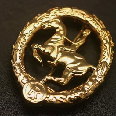 EMD Ww2  German Horseman's Badge In Gold1
