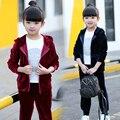 Новый 2017 детская одежда для Детей Девушки весной костюм 2 шт. набор по уходу за детьми золото бархат twinset последней моде 3-4-5-6-7-8-9