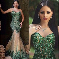 Hot Sexy Dark Emerald Green Mermaid Prom Gowns Sweetheart Zipper Back Beaded Champagne Tulle Evening Gowns Arabic Party Dress