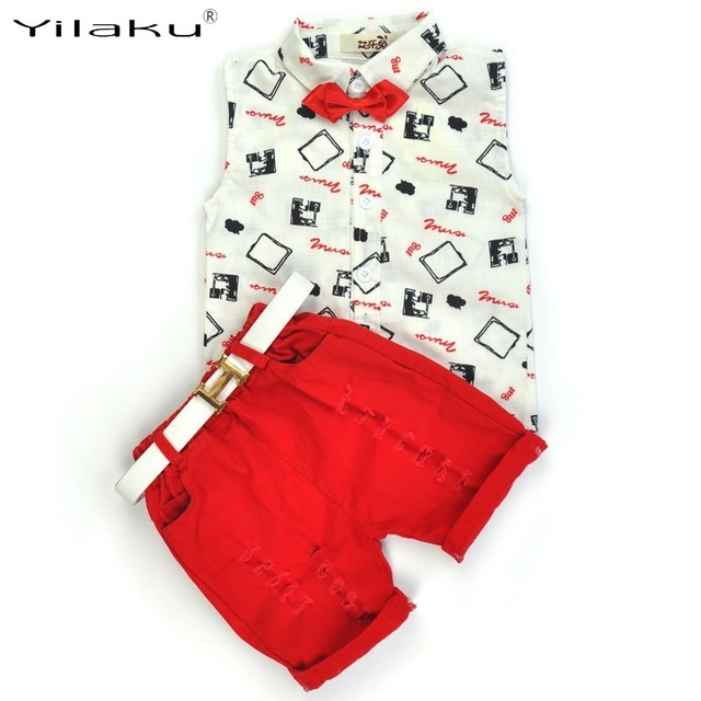 2017 летний стиль мальчиков комплектов одежды без рукавов печати T-Shirt/красный брюки/пояс 3 Шт. для детей модная одежда дети CF522