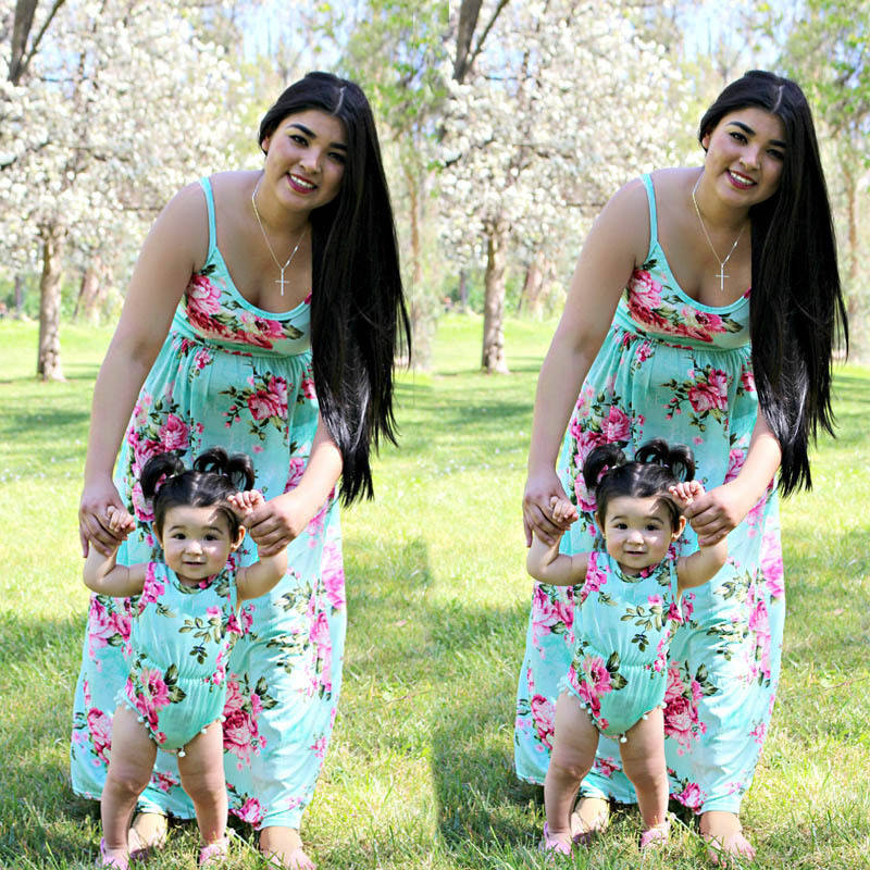 Family Matching Dresses Mother and Daughter Floral Dress Womens Girls Rompers Long Maxi Print Dresses blue sexy plunge v neckline random floral print maxi dress