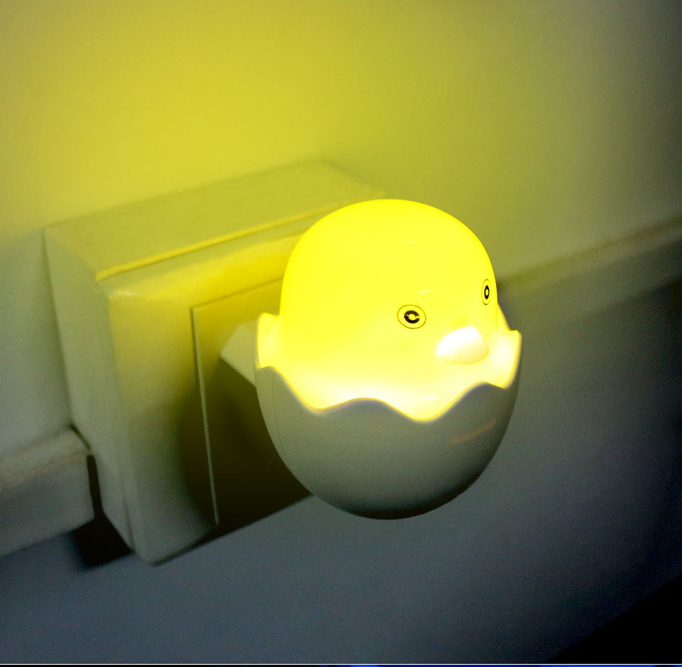 Lovely EUUS Plug Yellow Duck LED Night Light Lamp Wall Socket Light (8)