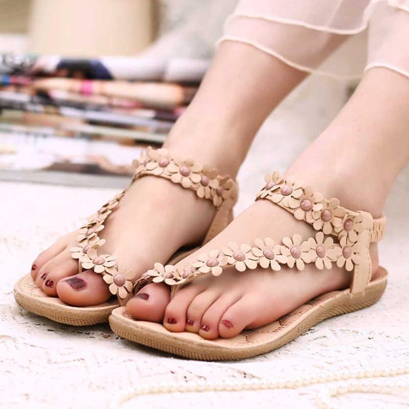 ... LAKESHI Women Sandals Summer Women Shoes 2018 Fashion Flip Flops Women  Flat Sandals With Flowers Bohemian ... 14a3051db67a