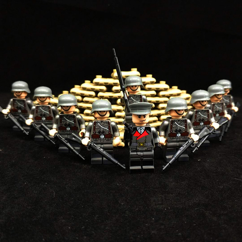 WW2 Classic Military Kit Ship and Vehicles Model Army Figures Building Blocks