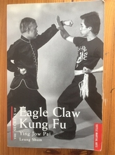 Eagle Claw Kung Fu Ying Jow Pai Leung Shum Language English learn as long as you live knowledge is priceless and no border-211 no name эксцентрик с застежкой eagle claw 25гр