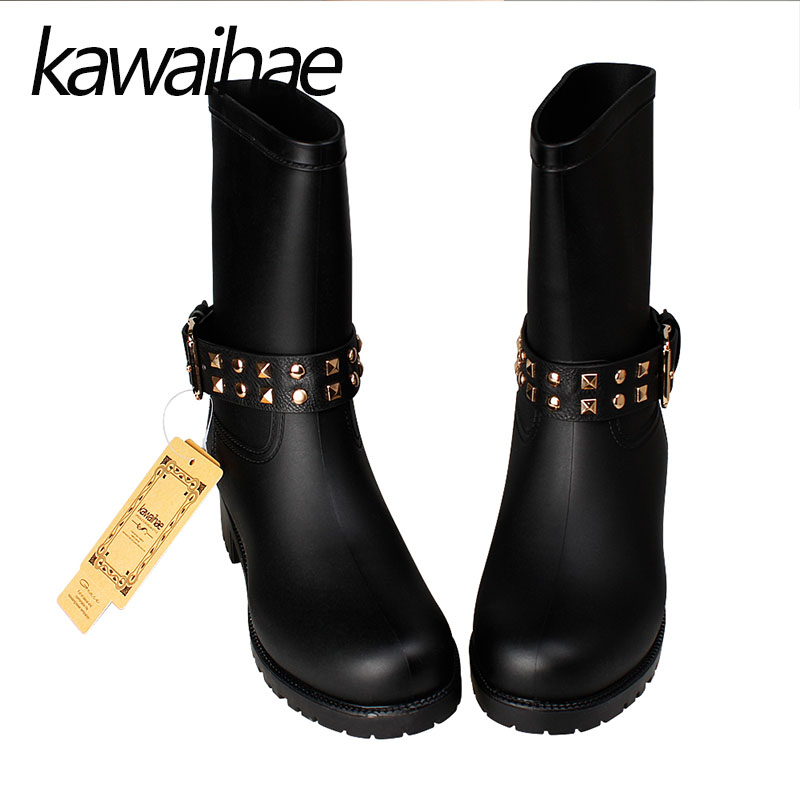 Round Toe Rubber Shoes Rain Shoes Mid-calf Female Waterproof Rainboots Women Boots Kawaihae Brand Martins 707C genuine leather wedges sweet round toe pure color martins ladies boots chains mid calf gum rubber outsole insole increase