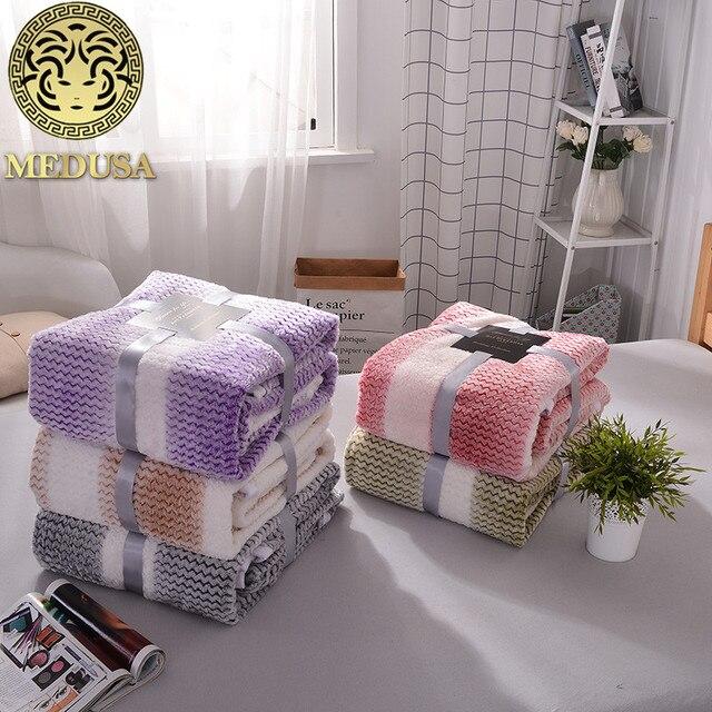 medusa excelle flanelle arc en solide chaud couverture couvre lit violet gris or - Couvre Lit Violet