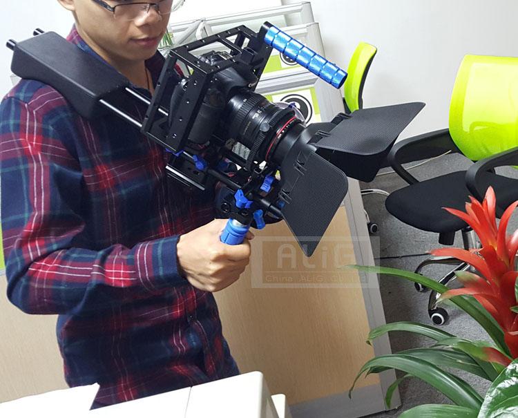 Prix pour 5D2 5 DIII 5D4 80D 70D 6D DSLR Rig Épaule stand + Caméra de poche cas + Lens hood + Follow focus ceinture Photo Studio Accessoires