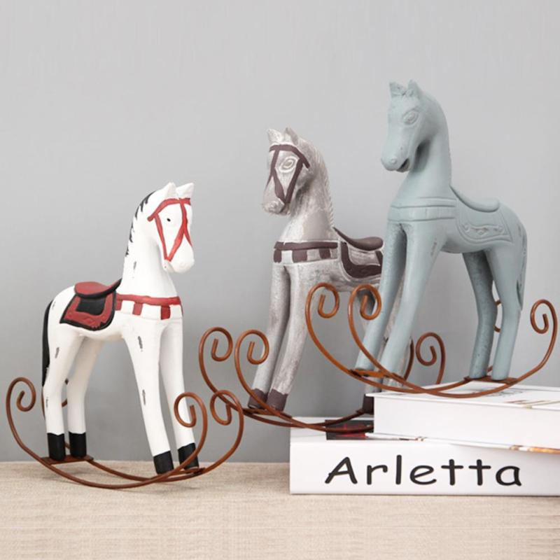 1pcs Creative Retro Wooden Rocking Horse Ornaments Animal Gift Vintage Study Store Home Decor Statuette Wood