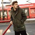 Simwood 2016 nueva largo invierno abrigos hombres warm jacket casual ropa de moda prendas de vestir exteriores gruesa parkas marca mf9502