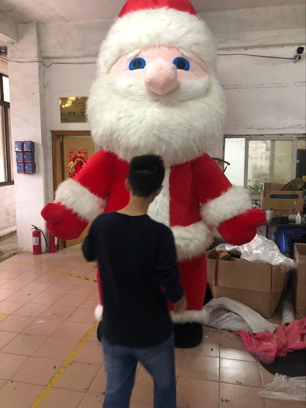 2.6/3 M fourrure gonflable en peluche Santa Claus mascotte costume taille adulte avec souffleur d'air les gens peuvent marcher à l'intérieur