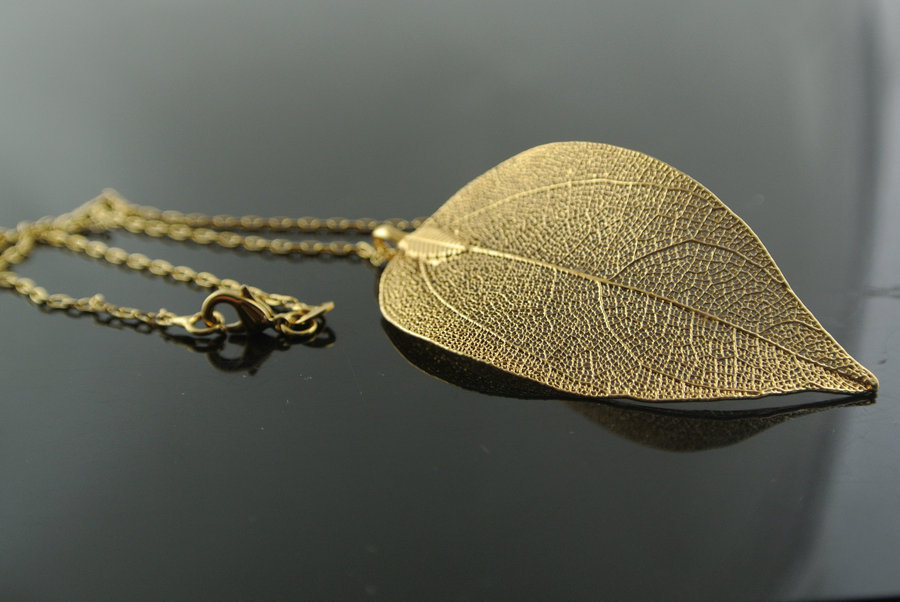 10pcs real leaf gold color pendant 16 gold chain necklace leaves 10pcs real leaf gold color pendant 16 gold chain necklace leaves for women gift jewelry in pendant necklaces from jewelry accessories on aliexpress aloadofball Image collections