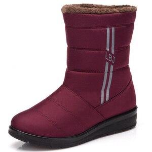 Image 2 - BEYARNEWaterproof נשים חורף מגפי FemaleShoes אמצע עגל HighDown גבירותיי מגפי שלג הנעל טריז גומי קטיפה מדרסים בוטה
