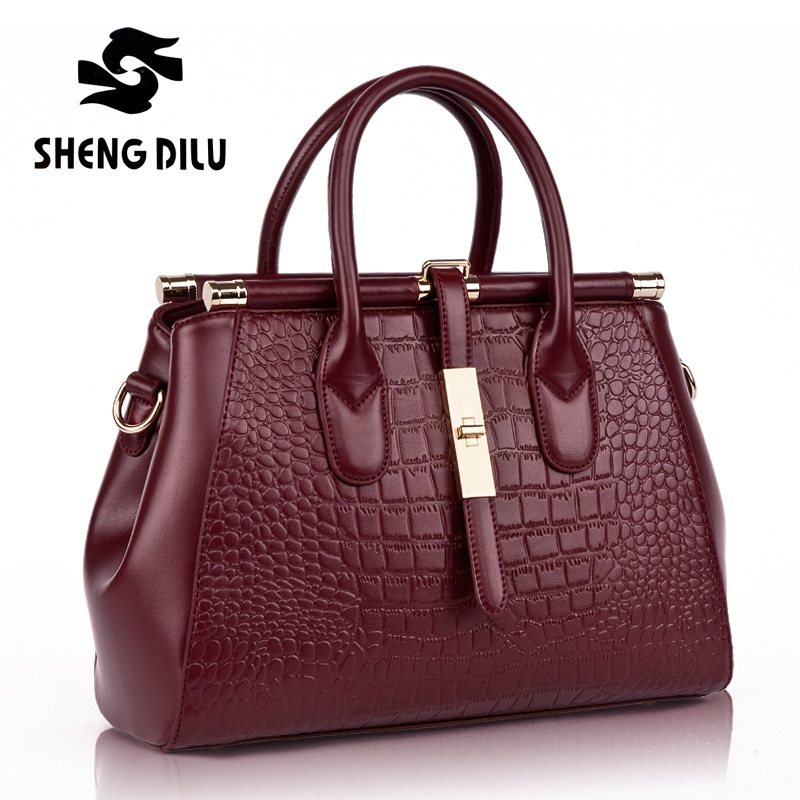 HOT New Arrival! 2016 England Style High Quality Luxry Women Crocodile Pattern Handbags Women Messenger bags Genuine Leather Bag new hot european style women crocodile pattern doctor women backpack 2017 famous hasp belt bags women s pu leather rucksack bag