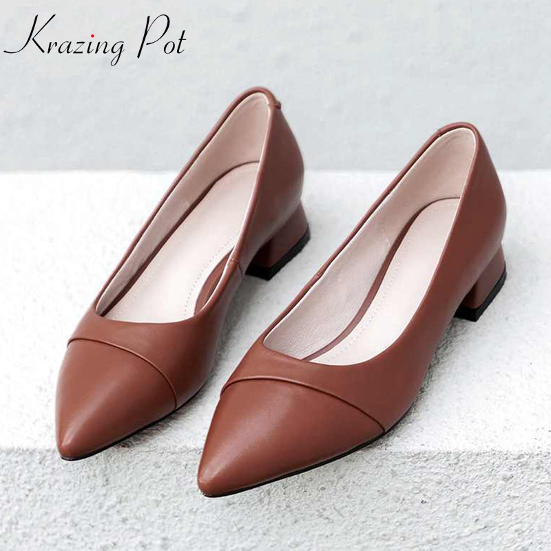 купить Krazing pot full grain leather low heels Autumn shallow women pumps pointed toe European concise streetwear fashion shoes L80 по цене 3456.57 рублей