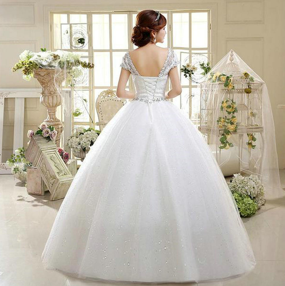 доставщик свадебного платья износиловал