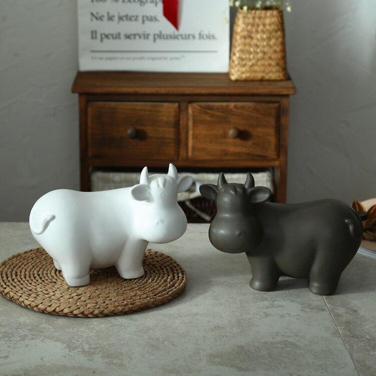 Nordique décoration de la maison moderne en céramique artisanat vif gris foncé blanc vache cadeau de noël figurines miniatures décor vintage