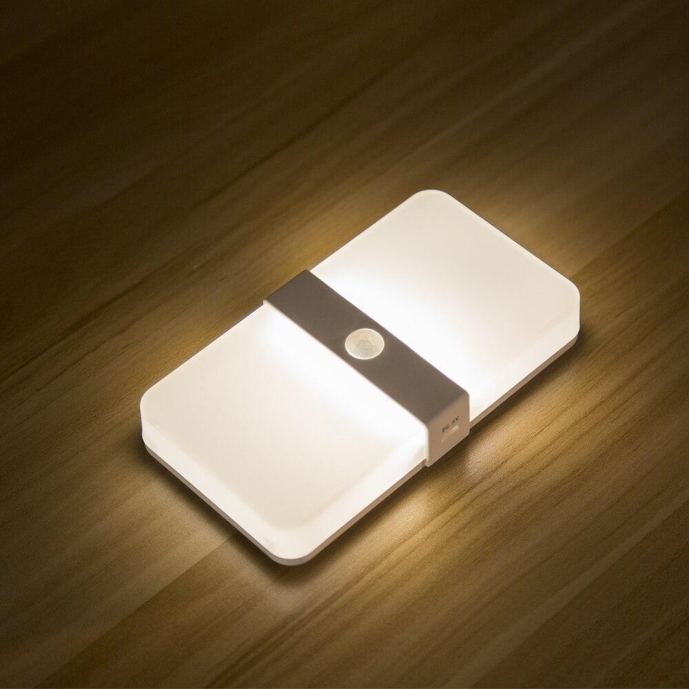Sensor de movimiento magnético recargable de dos colores led Luz de gabinete luz de encendido automático sensor PIR lámpara de pared dormitorio escaleras luz de noche
