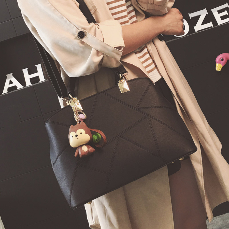 Jaunu lielo somu rokassomu šūšanas rokassomu 2019. gada rudens - Rokassomas