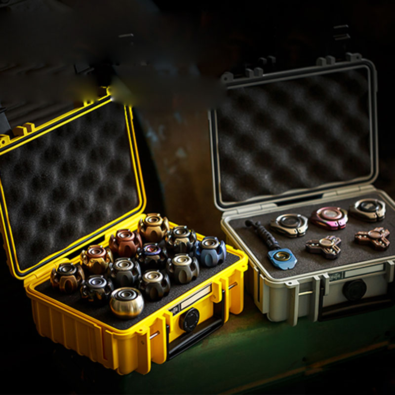 Portable Three-protection EDC Fingertip Gyroscope Professional Protection Box Containing Shock Protection Box