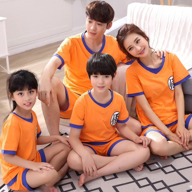 2018 Family Look DRAGON BALL Cos Costumes Pajamas Home wear Summer T shirt Shorts Pajamas Suit Lovers Family Matching Outfits