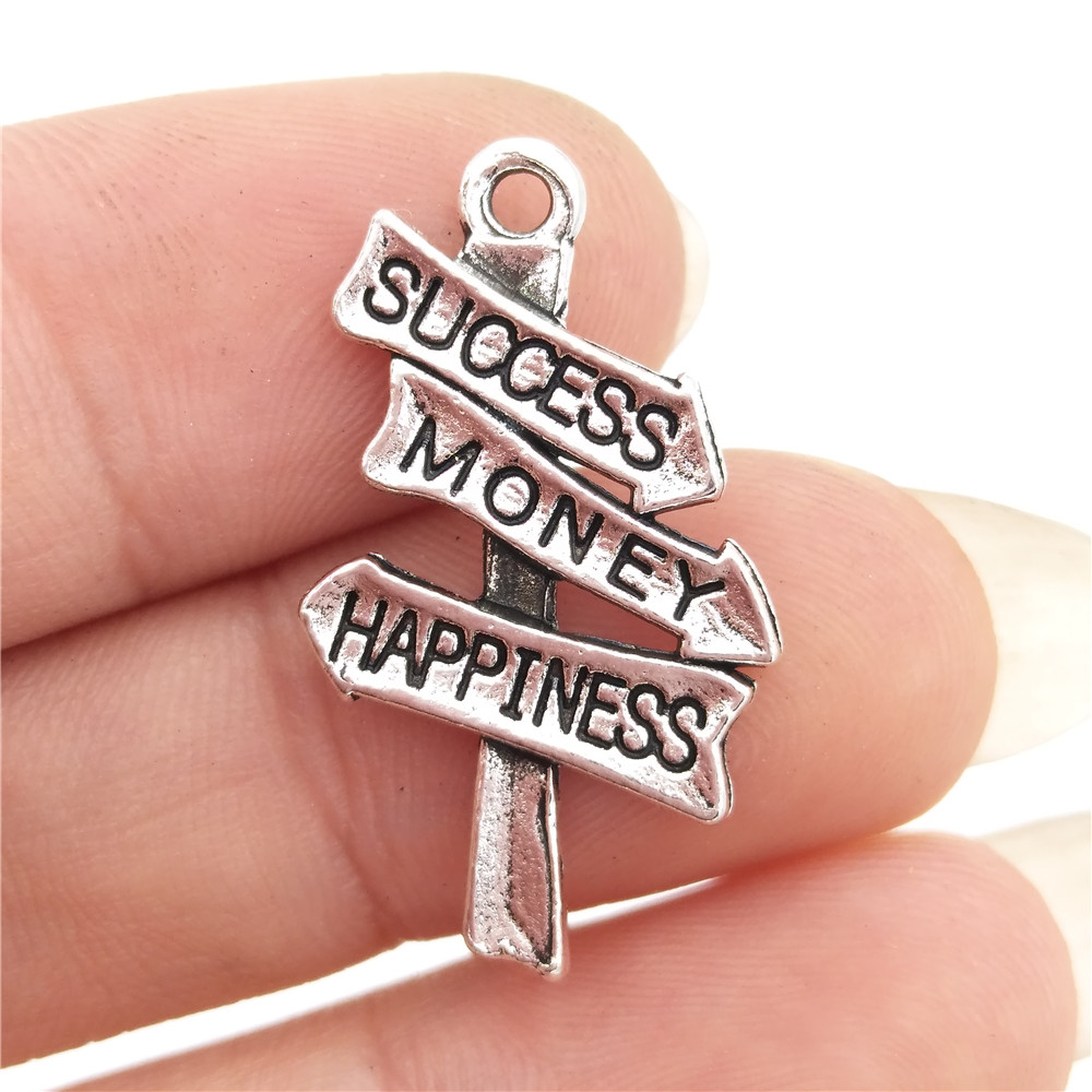 BULK 30pcs Lots Nickle Free Alloy Road Sign Success Money Happiness Charms Antique Silver Tone DIY Metal Craft 15*21mm 1.6g