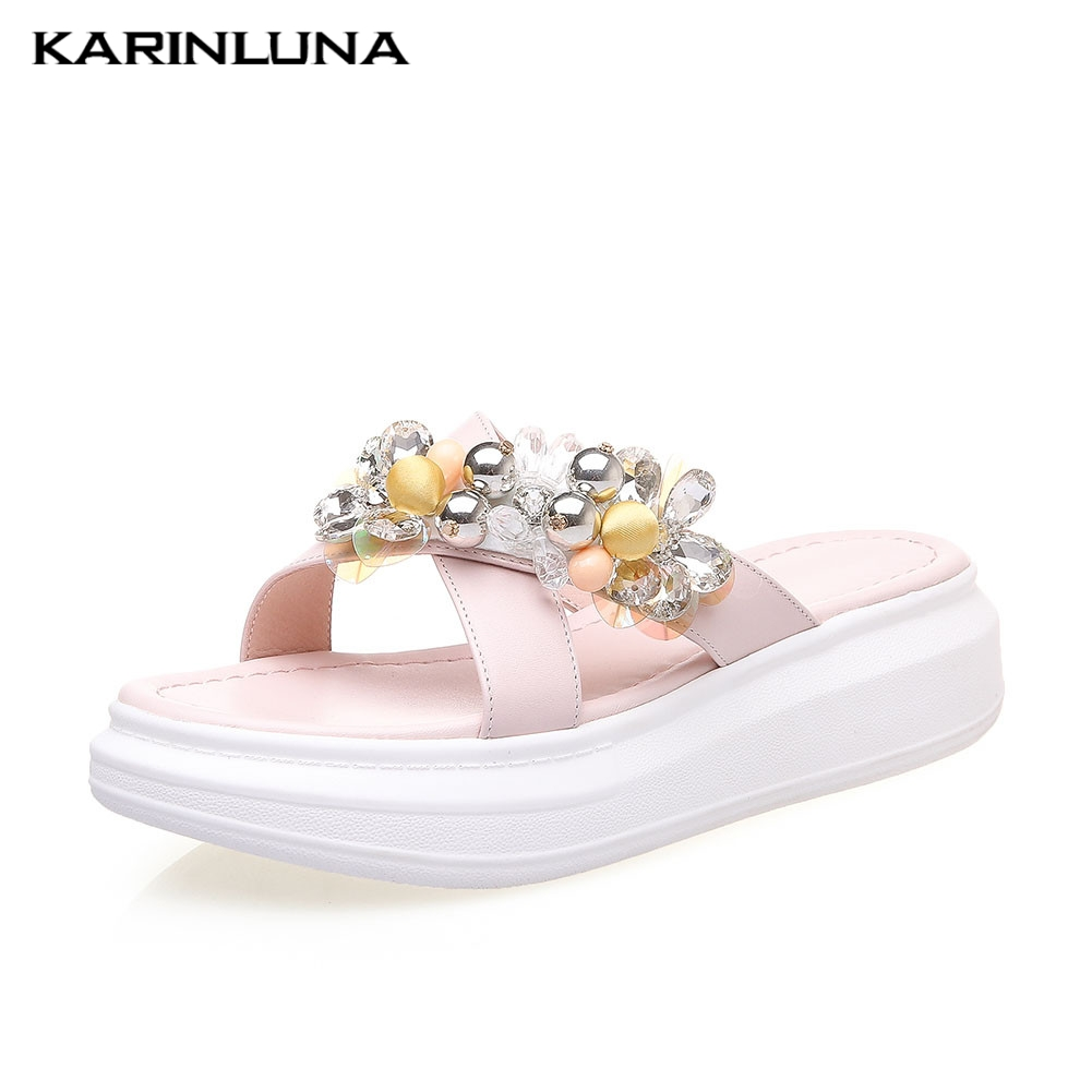 Brand leisure comfortable INS Hot womens Genuine Leather Crystal Shoes Woman Casual Outside Summer Slippers 2019Brand leisure comfortable INS Hot womens Genuine Leather Crystal Shoes Woman Casual Outside Summer Slippers 2019