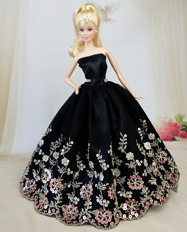 NK One Pcs  Princess Wedding Dress Noble Party Gown For Barbie Doll Fashion Design Outfit Best Gift For Girl' Doll Mix Style JJ