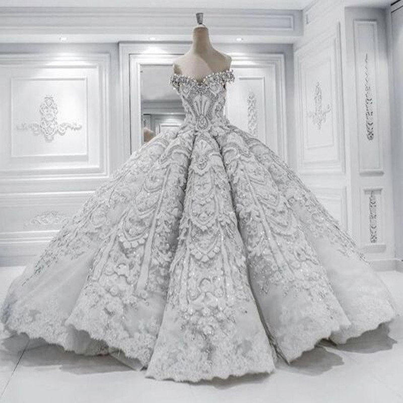Princess ball gown pretty scoop wedding dress chapel long for Pretty ball gown wedding dresses