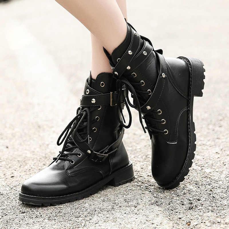 Kadın yüksek çizmeler moda gotik ayakkabı severler yarım çizmeler kadın hakiki deri askeri botlar toka kadın botları artı boyutu 43
