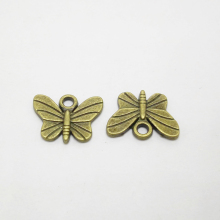 30pcs/lot 11.5*15mm Antique Bronze Animal Butterfly Charms Jewelry Finding Handmade Crafts Accessory